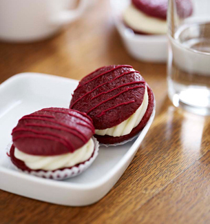 Starbucks Petites Red Velvet Whoopie Pie