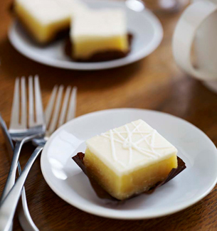 Starbucks Petites Lemon Sweet Square
